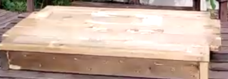 bodem met 2 vliegplanken